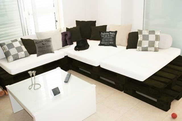Sofa Unik Dari Palet Bekas Nyabatravel